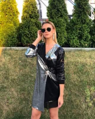 Леся Никитюк надела эффектный наряд от украинского дизайнера