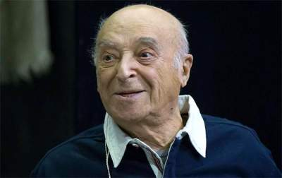 Известный актер из комедий Гайдая попал в больницу