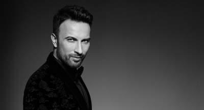 Легендарный турецкий певец впервые стал отцом