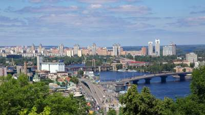 Киевлянам рассказали, когда в столицу вернется летняя жара