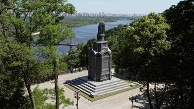 В центре Киева на три дня ограничат движение