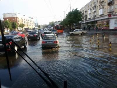Власти Киева объяснили причину потопа