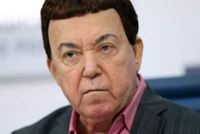 Знаменитого российского певца экстренно госпитализировали