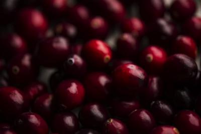Медики рассказали, какая ягода полезна для беременных