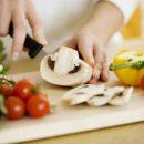 Эти популярные привычки на кухне провоцируют серьезные болезни