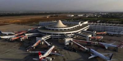 В Турции задерживают самолет с украинскими туристами