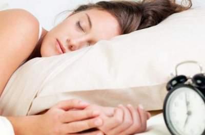 Врачи рассказали, сколько нужно спать, чтобы быть здоровым