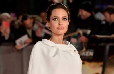 Анджелина Джоли поразила болезненной худобой