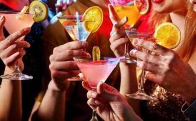 Врачи опровергли главные алкогольные мифы