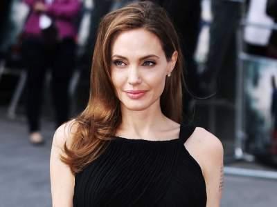 Анджелину Джоли не узнали ее же фанаты