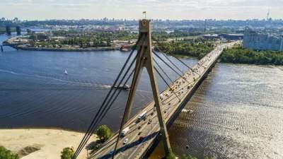 В столице отремонтируют мост на Троещину