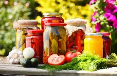 Названы продукты, не теряющие полезности от консервирования