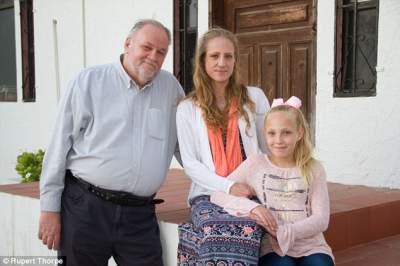 Скандальном отцу Меган Маркл угрожают расправой