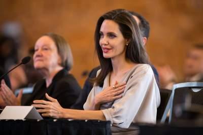 Анджелина Джоли снимется новом фильме Джеймса Скотта