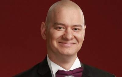Известный украинский шоумен рассказал, как поклонники угрожали ему стволом