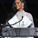 Рианна стала государственной чиновницей Барбадоса