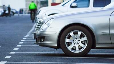 Киевлянам обещают обустроить 125 тысяч парковочных мест
