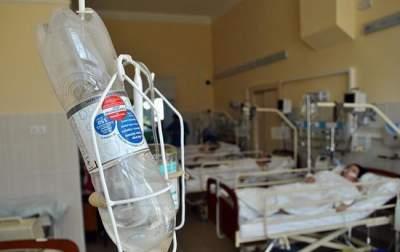 На Хмельнитчине возросло число госпитализированных в результате массового отравления