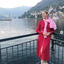 Известная телеведущая поделилась снимками из поездки в Европу
