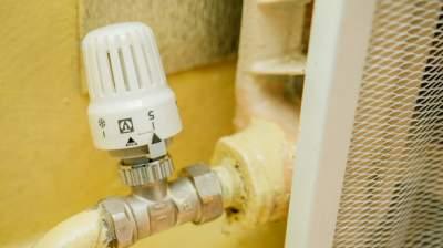В Киеве начали подавать отопление в жилые дома