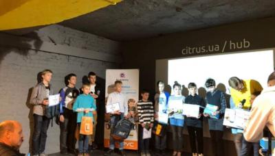 На Всеукраинской олимпиаде по робототехнике победил киевский школьник