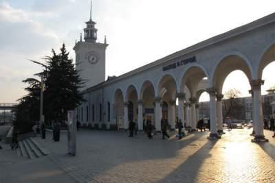 В Сети показали фото «мертвого» ж/д вокзала в Симферополе