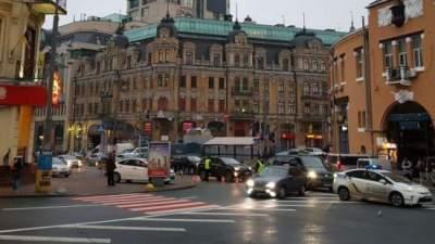 В центре Киева ограничат движение и парковку