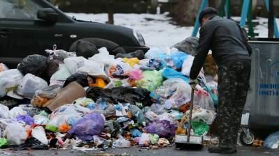 Проблемы с мусором в столице: киевлянам рассказали, куда обращаться