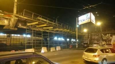 В Киеве перенесли демонтаж Шулявского моста