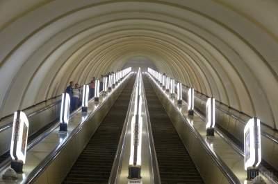 В Киеве обещают отремонтировать станции метро