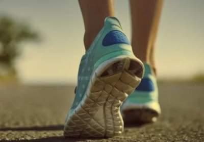Врачи объяснили, как походка помогает диагностировать болезни