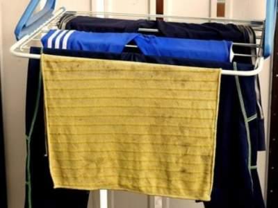 Медики объяснили, где безопаснее всего сушить белье