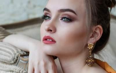 Косметологи подсказали, как надолго сохранить молодость кожи