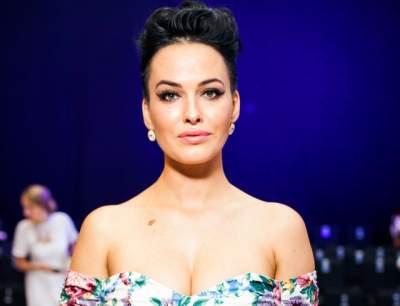 Известная украинская певица показала, как выглядит без мейкапа