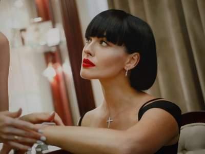 Даша Астафьева попробовала себя на театральной сцене