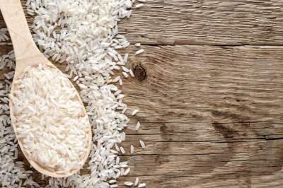 Диетологи рассказали, действительно ли рис способствует похудению
