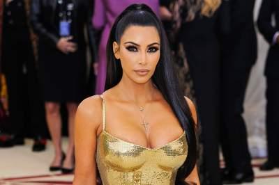 Ким Кардашьян показала, как выглядела в бикини в 13 лет