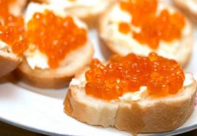 Названы продукты, провоцирующие отложение холестериновых бляшек