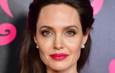 Свекровь Анджелины Джоли осудила действия актрисы