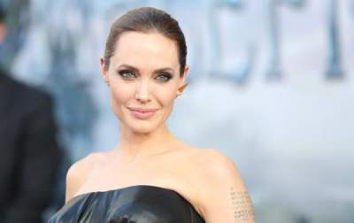 Анджелина Джоли появилась на публике с младшей дочерью