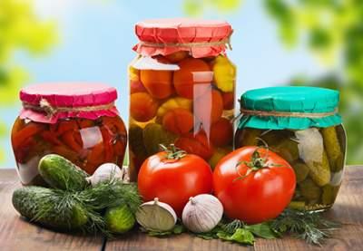 Врачи объяснили, как маринованные продукты влияют на кишечник