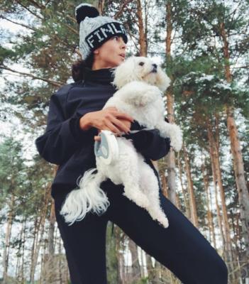 Настя Каменских умилила фанатов фото с домашним любимцем