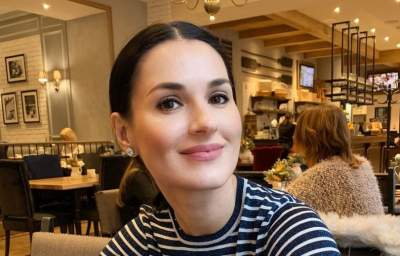 Маша Ефросинина показала фотографию с младшей сестрой