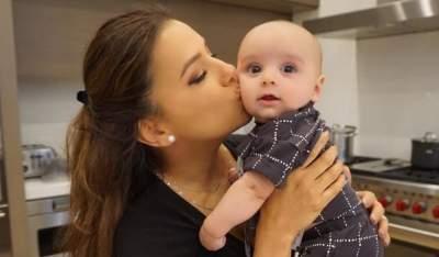 Ева Лонгория показала забавную фотографию с сыном