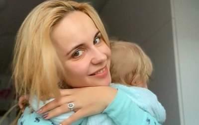 Украинская телеведущая показала младшую дочь