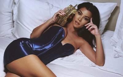 Кортни Кардашьян удивила поклонников обнаженным фото