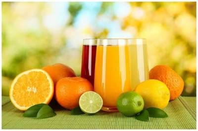 Медики рассказали, в чем польза фруктовых соков для сердца и сосудов