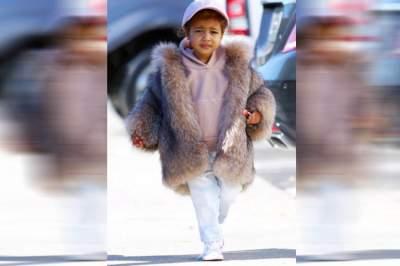 Дочь Ким Кардашян станет видеоблогером