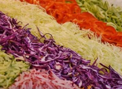 Названы лучшие диетические салаты для худеющих
