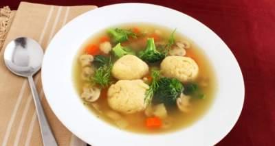 Медики подсказали, какой суп есть, чтобы не заболеть раком пищевода